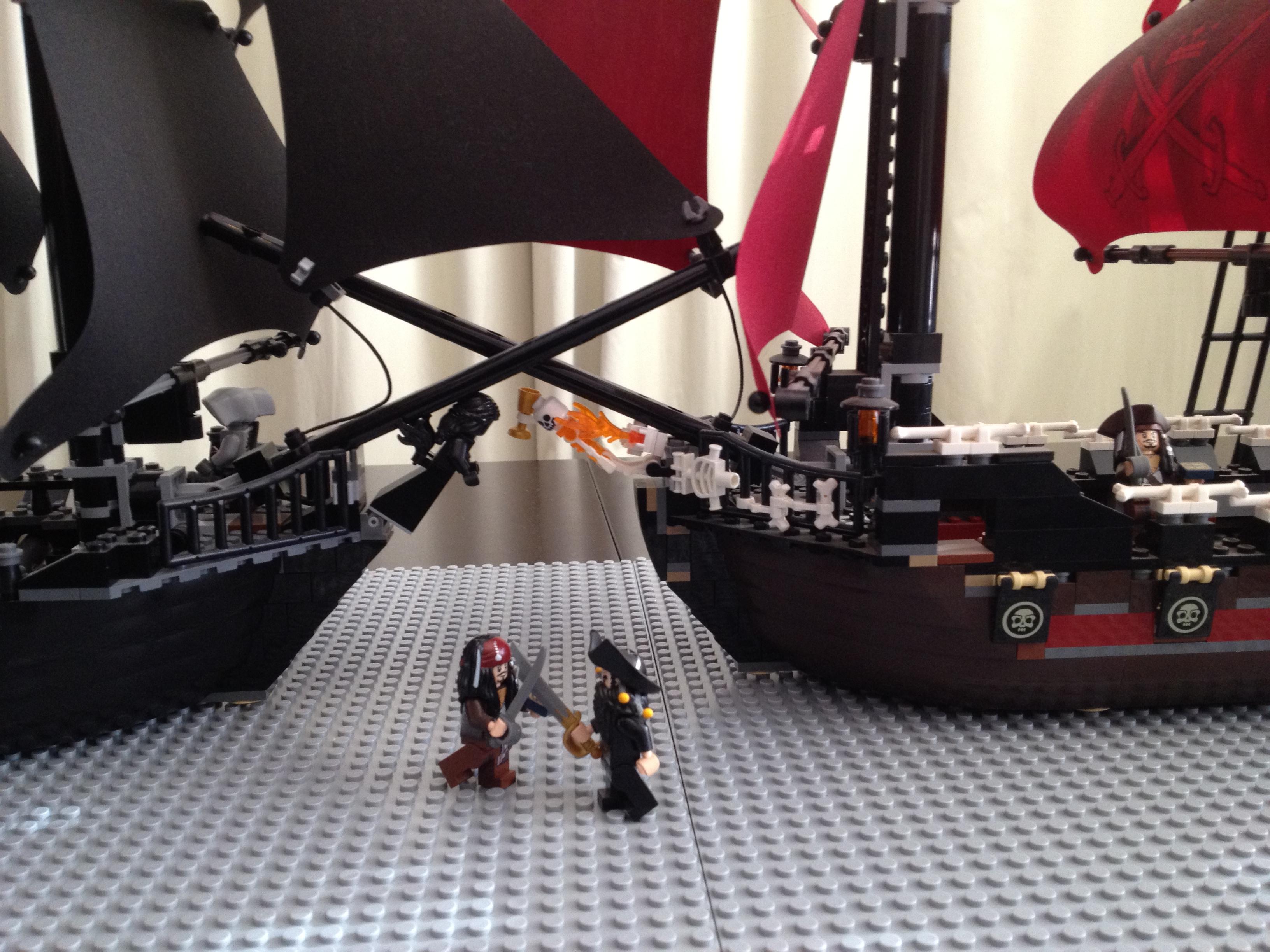 Black Pearl 4184 V S Queen Anne S Revenge 4195 Quién Reina El Océano De Lego